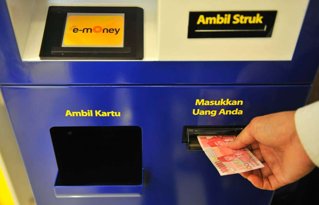 Bank Mandiri Buka Layanan <i>Top Up E-Money</i> di 12 Gardu Tol