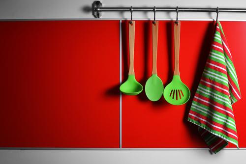 Benarkah Serbet Dapur Berpotensi Meracuni Makanan?