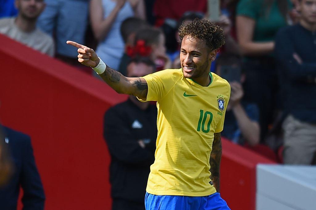 Alisson Menilai Kepercayaan Diri Neymar Sudah Kembali