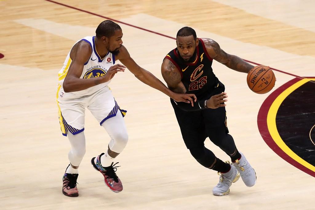 Kevin Durant Yakin LeBron James Takkan ke Warriors