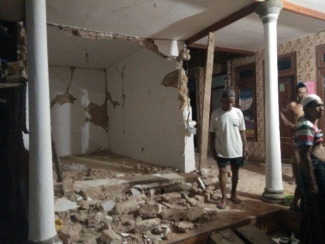 Lima Rumah Rusak Akibat Gempa di Sumenep