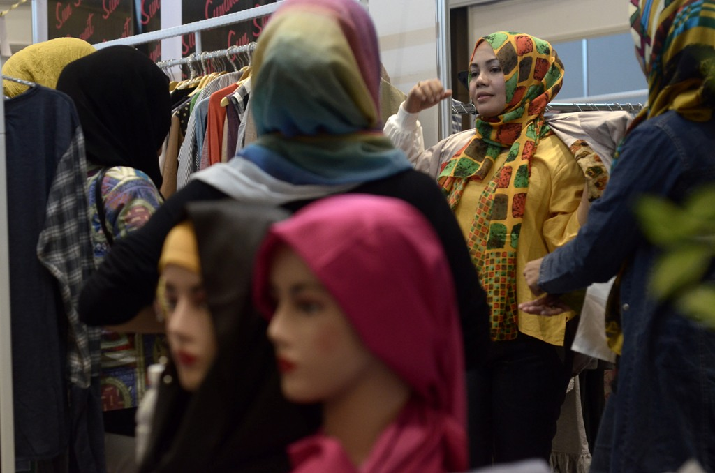 Penjualan Pakaian Muslim Melesat 25 Kali Lipat via <i>Online</i>