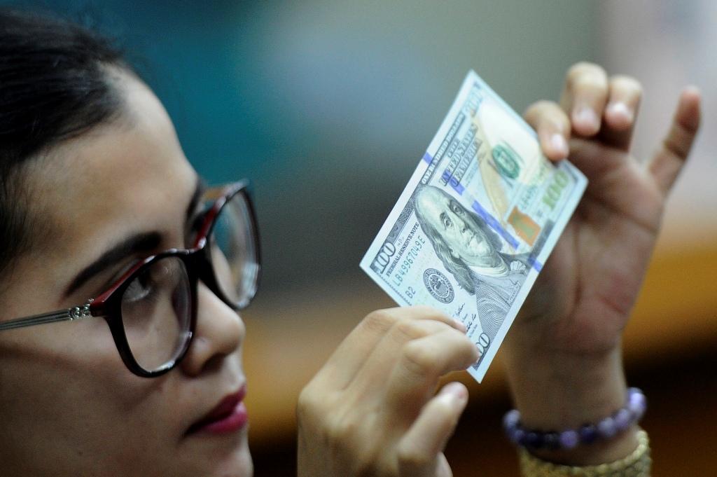 Gerak USD Merosot di Tengah Data Ekonomi