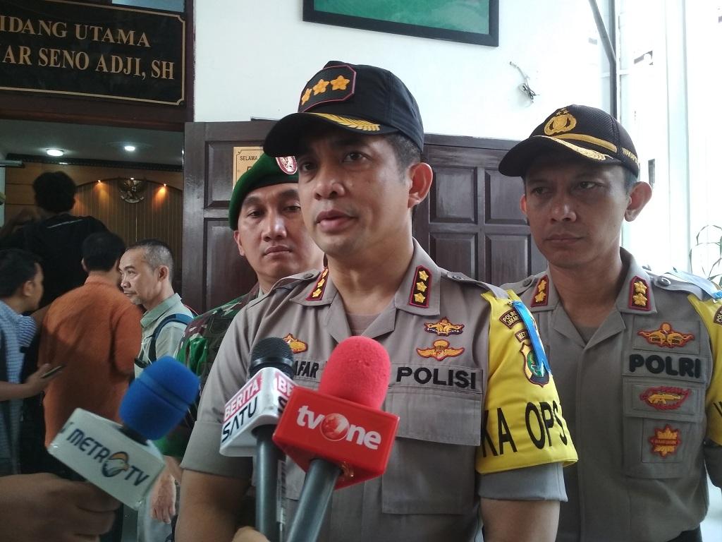 450 Polisi Kawal Sidang Vonis Aman Abdurrahman
