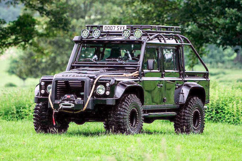 Land Rover Defender SVX, Khusus untuk Film Spectre