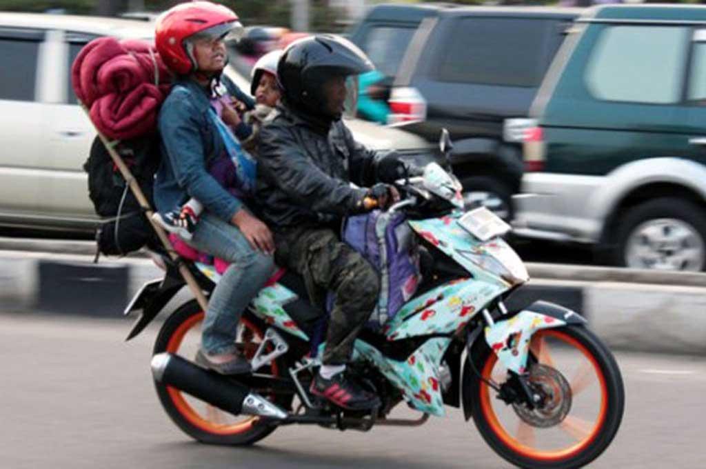 Muatan Berlebihan Ancam Keselamatan Bikers