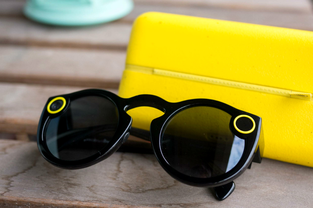 Snapchat Spectacles Bisa Berbagi Banyak Format Video