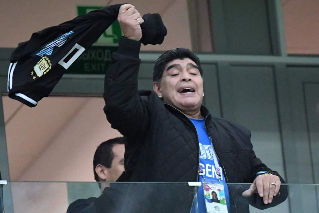 Demi Menjaga Asa, Maradona akan Temui Seluruh Skuat Argentina