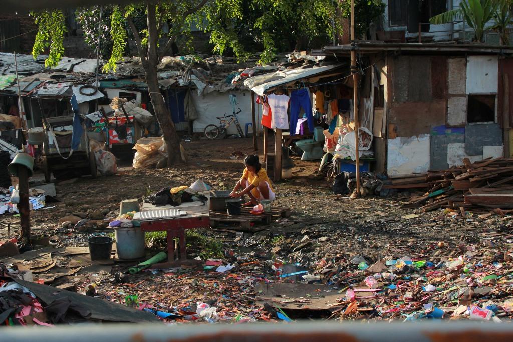 Bom Waktu Kesenjangan Sosial