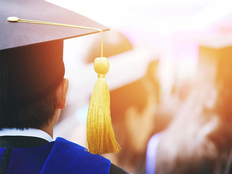 New University Graduates Add to Indonesia's Unemployment Problem