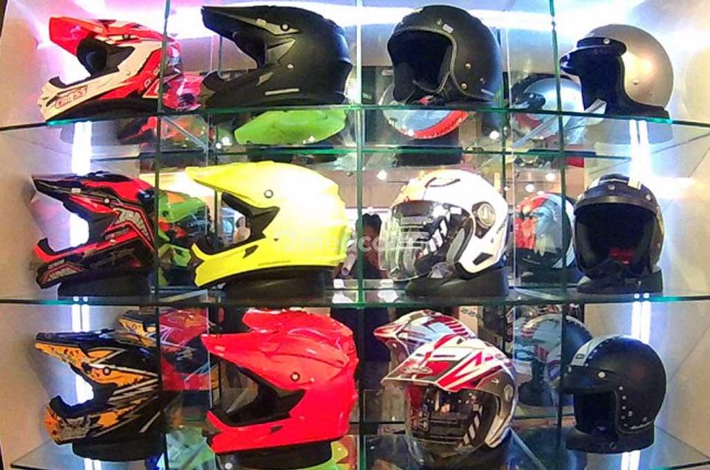Tips Memilih Helm yang Aman dan Nyaman
