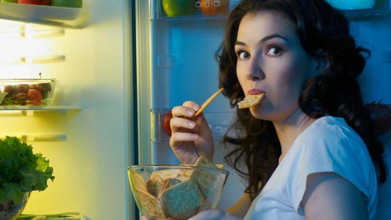 Selain Kopi, Makanan dan Minuman Ini Sebaiknya Tidak Anda Konsumsi Sebelum Tidur