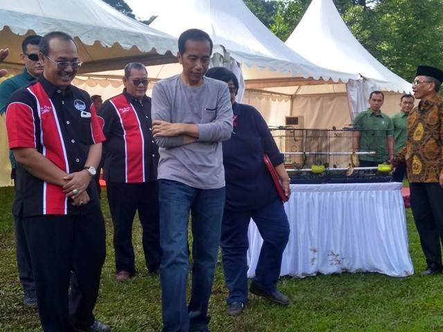 Jokowi Jamu Romahurmuziy di Istana Bogor