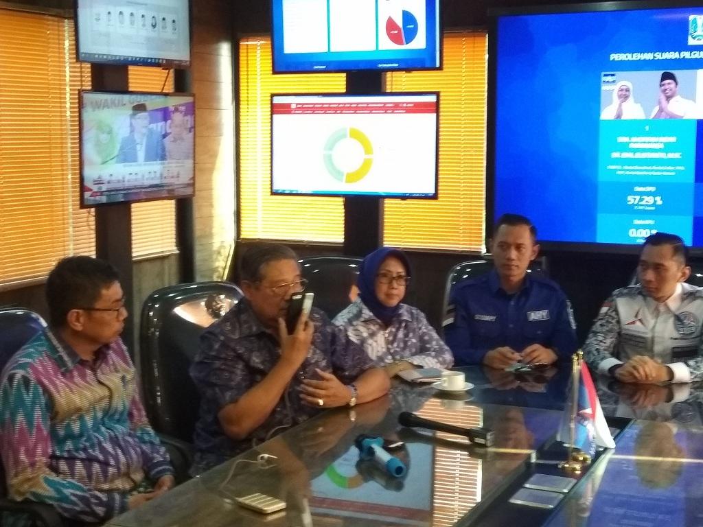SBY Telepon Khofifah Ucapkan Selamat