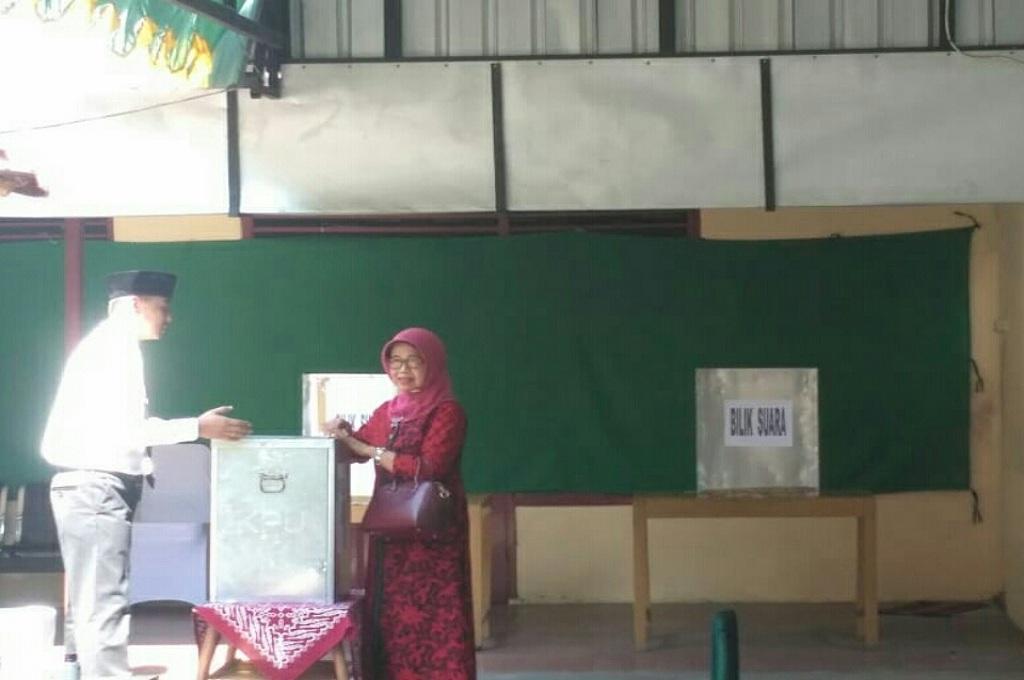 Ibunda Presiden Sampaikan Harapan saat Nyoblos