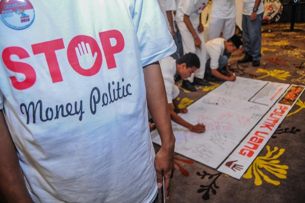 Gerindra Persilakan Bawaslu Usut Politik Uang Kadernya