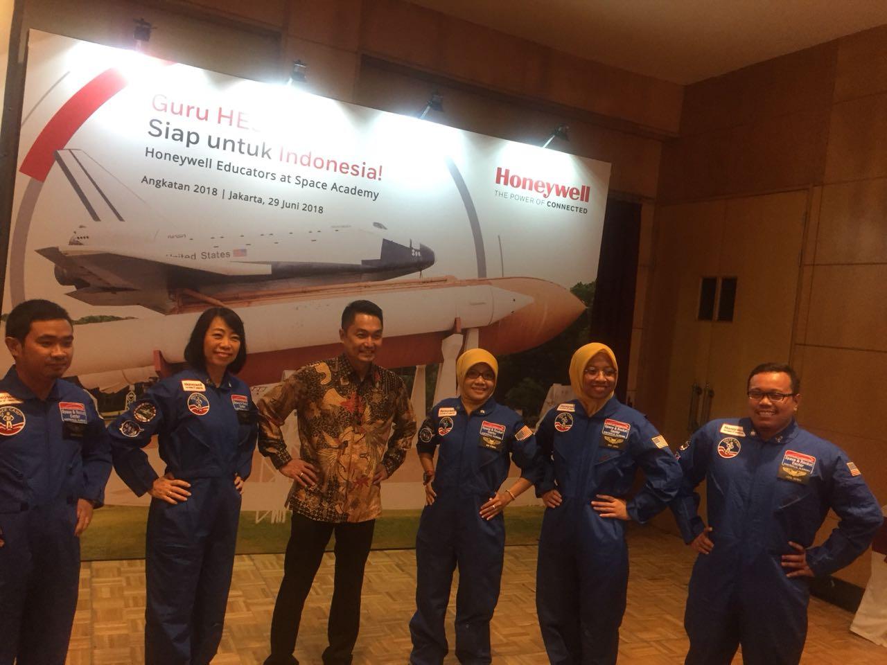 10 Guru Indonesia Dikirim Ke Amerika