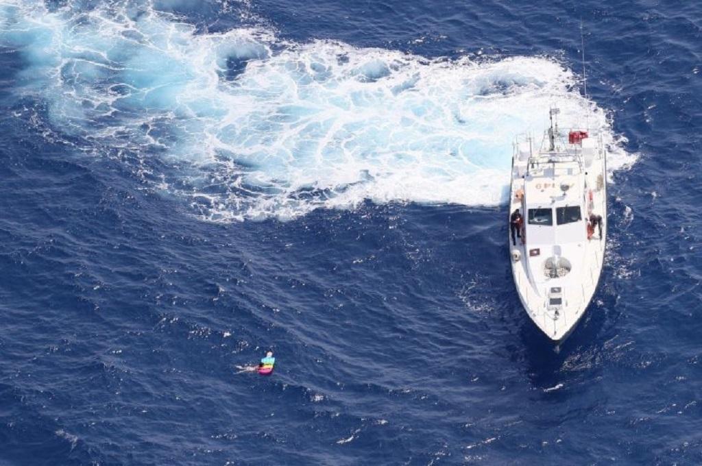 Terombang-ambing 21 Jam di Laut, Seorang Turis Berhasil Selamat