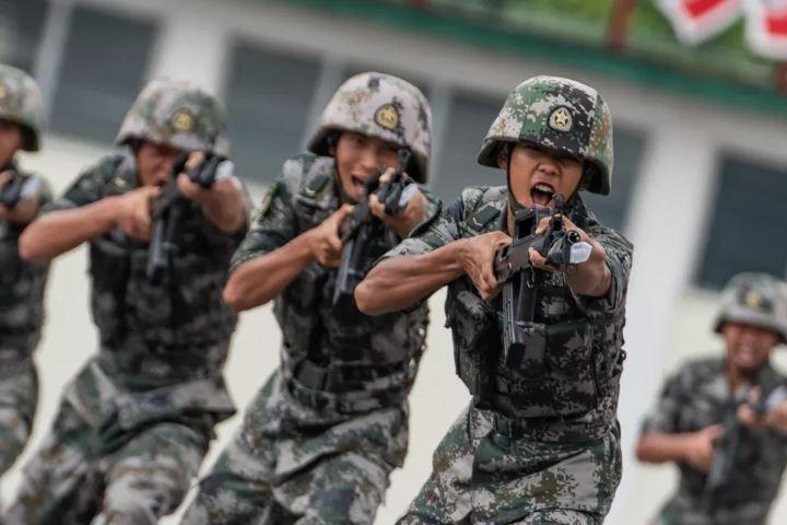 Tiongkok Buat Senjata Laser untuk Militer dan Polisi