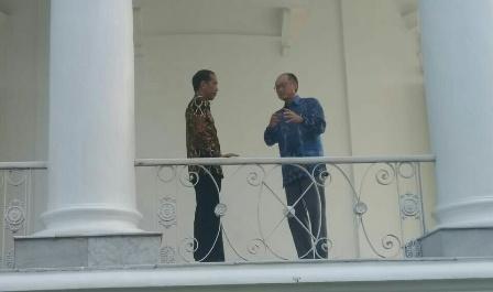 Jokowi Tunjukkan Program Pengurangan Stunting kepada Kim