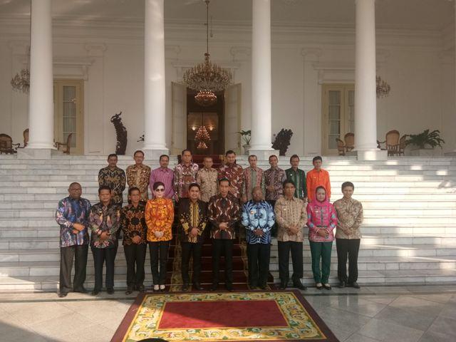 Jokowi Dengarkan Keluhan Bupati