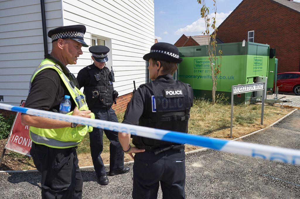 Diduga Terpapar Agen Saraf, Seorang Wanita Tewas di Inggris