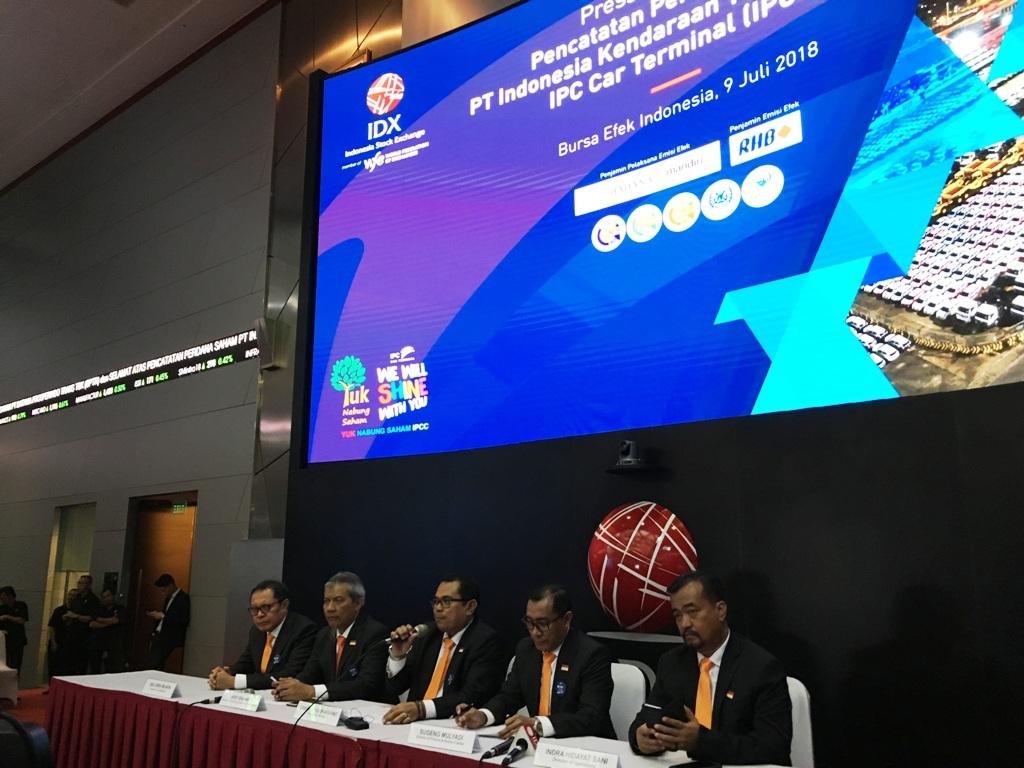 <i>Listing</i> Perdana, Saham IPCC Naik 5,18%
