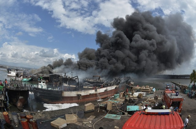 39 Fishing Boats Burned in Benoa Port Fire