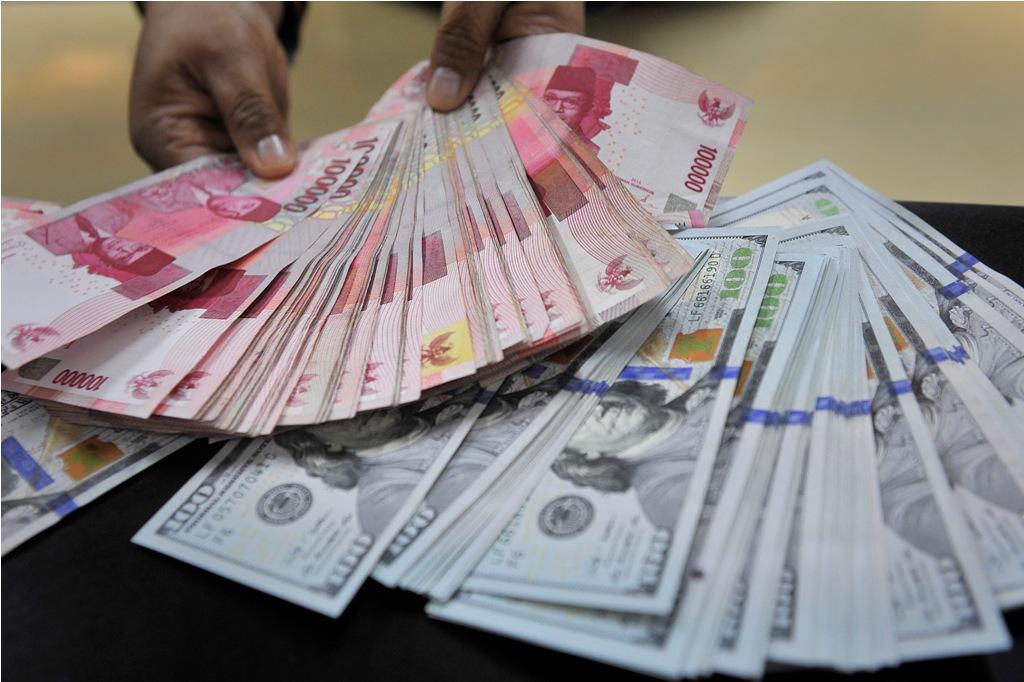 Rupiah Diperkirakan Bergerak Menguat ke Rp14.290/USD