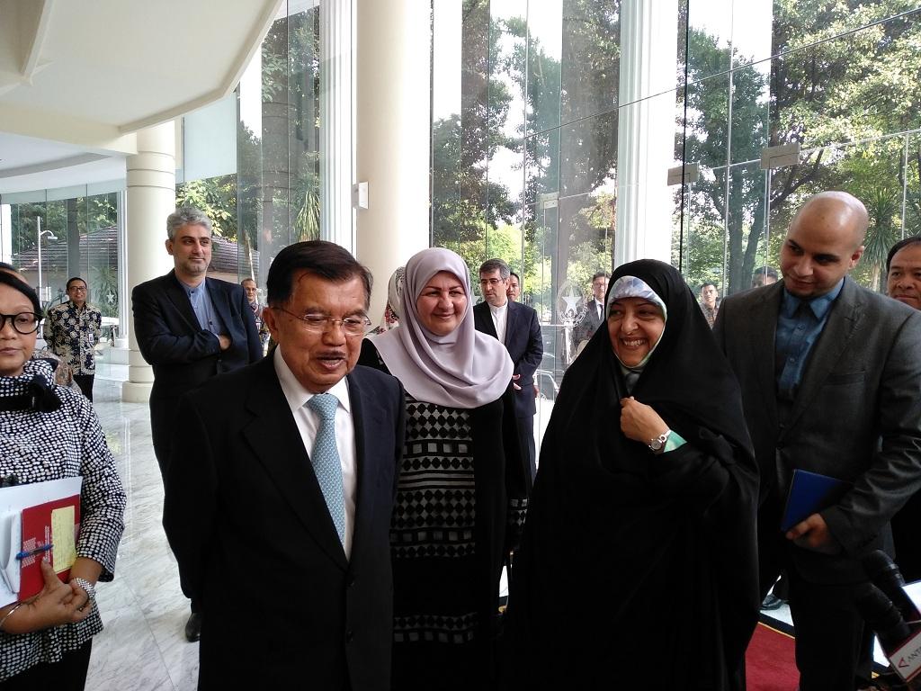 JK Bahas Nuklir dan Investasi Migas dengan Wapres Iran