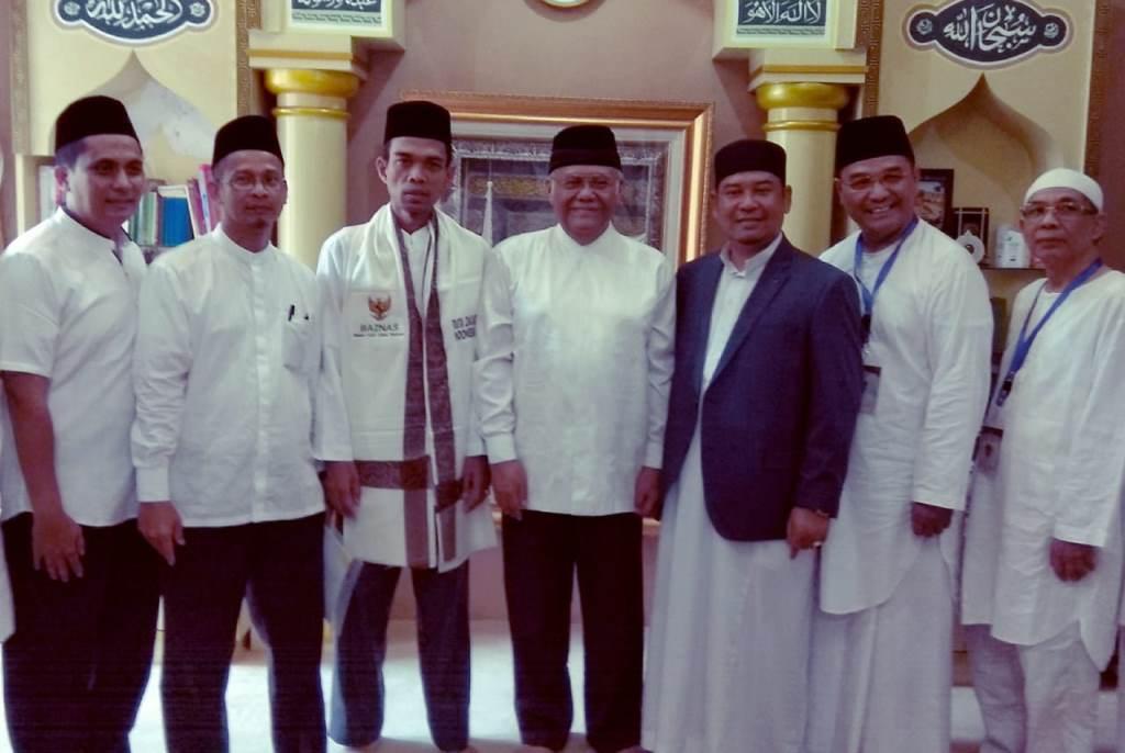 BAZNAS Angkat Ustaz Abdul Somad Jadi Duta Zakat Indonesia