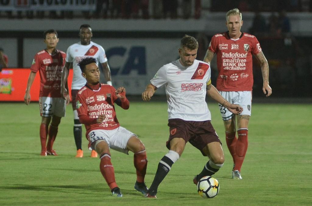 Bali United dan Persela Raih Tiga Poin pada Pekan ke-15