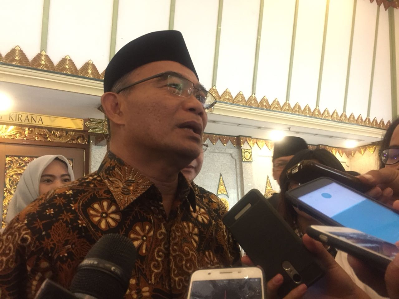 Penggunaan Bahasa Indonesia yang Baik dan Benar Mulai Luntur