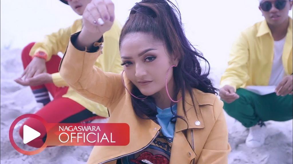 Lagi Syantik Siti Badriah Kembali Masuk Tangga Lagu Populer Dunia