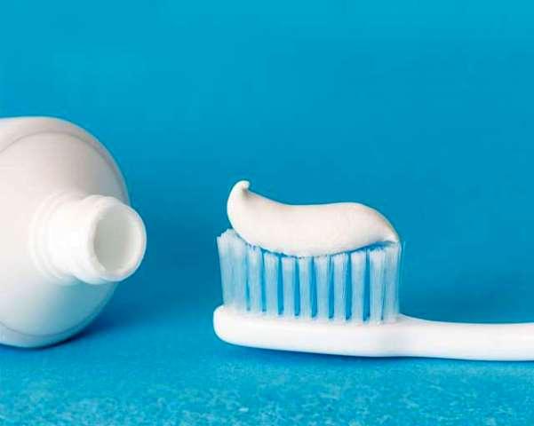 Manfaat Lain Pasta Gigi, Bersihkan Noda di Sekitar Rumah