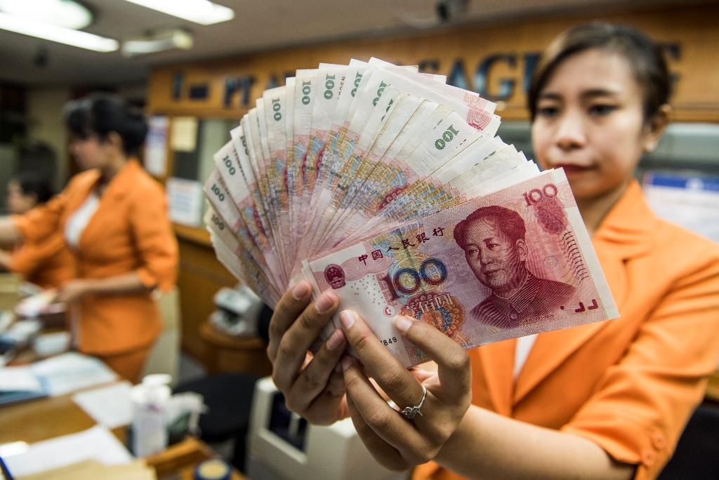 Yuan Tiongkok Melemah jadi 6,6727 terhadap Dolar AS