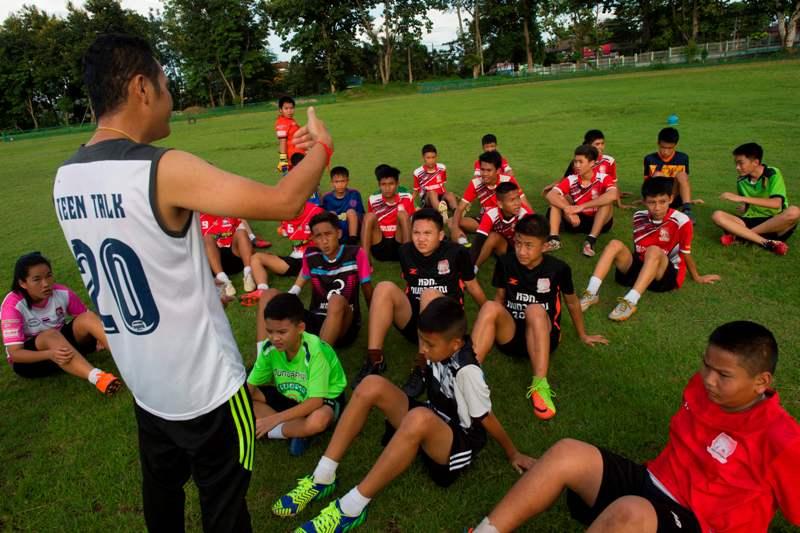 Tim Sepakbola 'Wild Boars' Thailand Kembali Berlatih