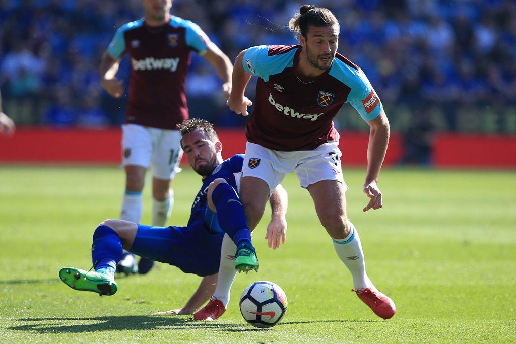 West Ham Kehilangan Andy Carroll Tiga Bulan