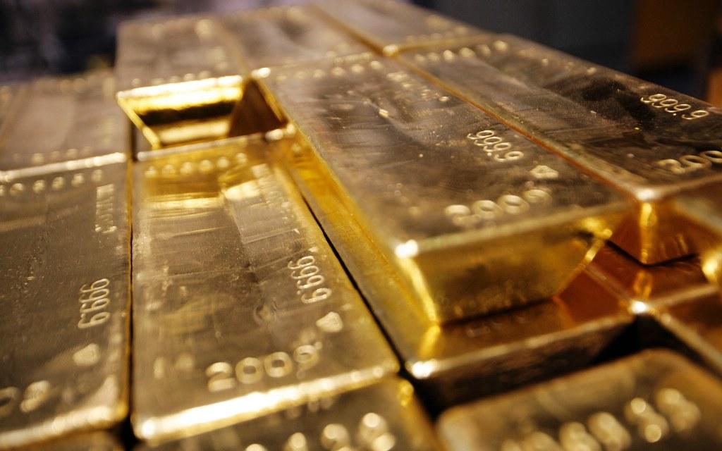 Penguatan USD Picu Harga Emas Dunia Jatuh