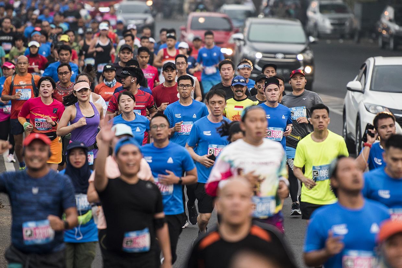 Ribuan Pelari Meriahkan Bandung West Java Marathon 2018