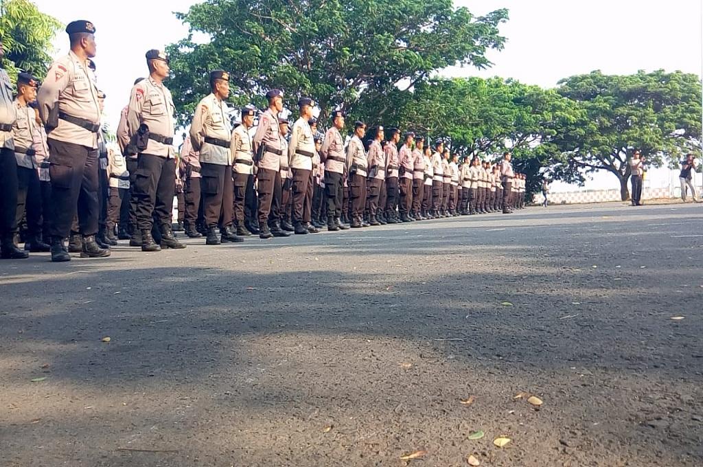 Polda Jatim Kirim Bantuan ke Lombok