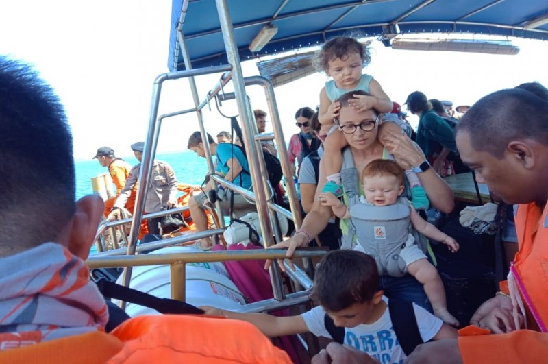 4,636 Tourists Evacuated from Gili Islands