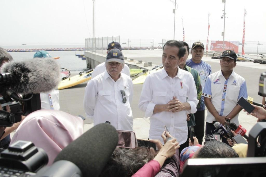 Presiden Jokowi Meresmikan <i>Venue</i> Layar dan Jetski