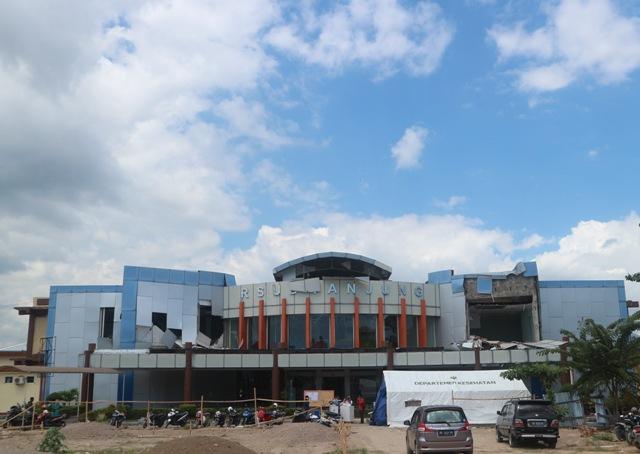 Mayoritas Bangunan Pemerintah di Lombok Utara Ambruk