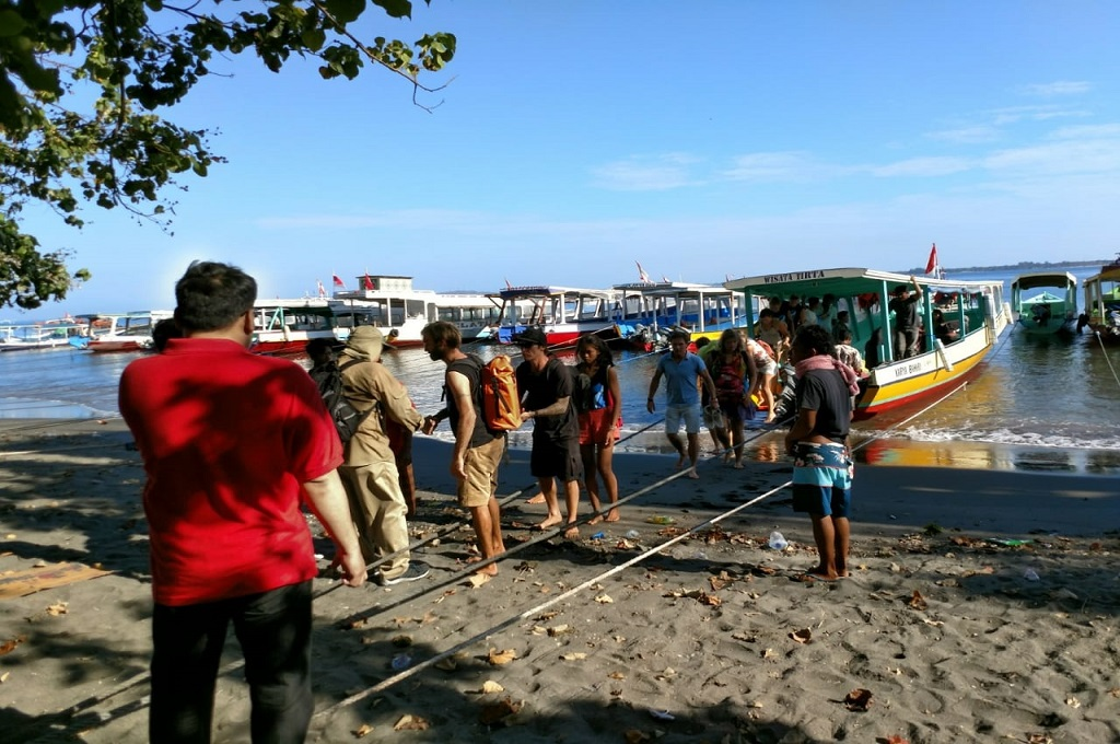 Kemenlu Terus Bantu Evakuasi WNA di Pulau-Pulau Gili