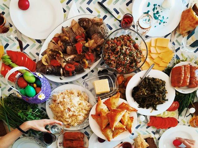 Ini Berbagai Manfaat Makan Malam Bersama Keluarga