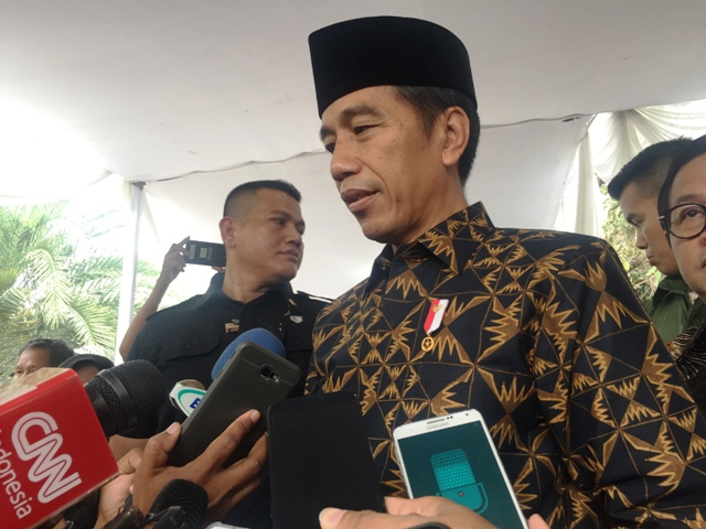 Jokowi Open to Adding PAN into His Coalition