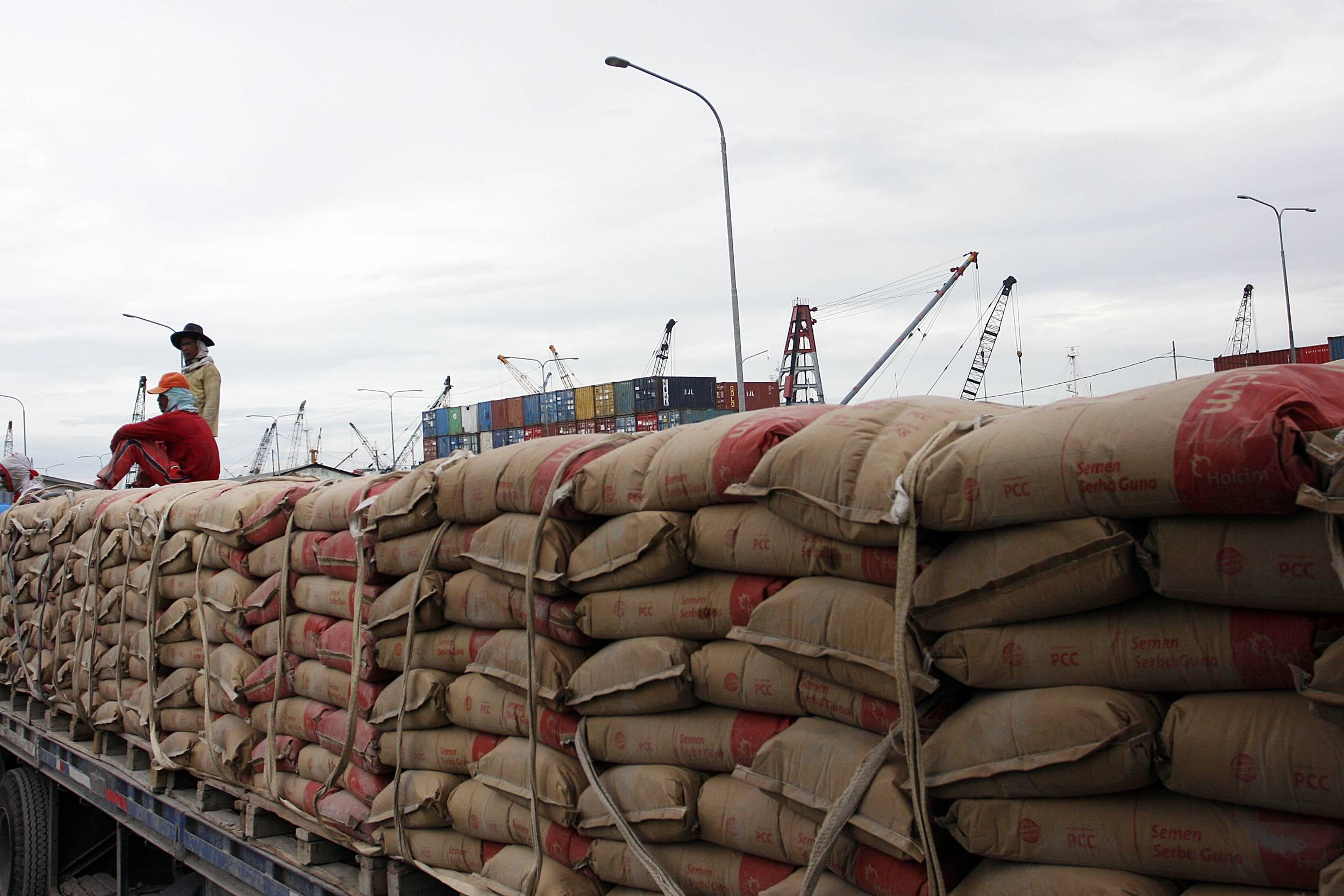 Kenaikan Beban Penjualan, Laba Semen Indonesia Turun 11%