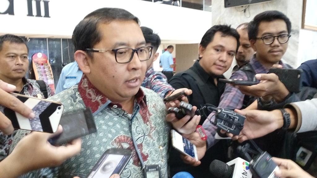 Prabowo Daftar ke KPU usai Salat Jumat