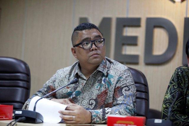 Andi Arief Diminta Mengadu ke Bawaslu